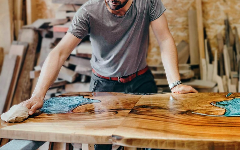 Best Bar Top Finish in the Market Today – Buyer's Guide