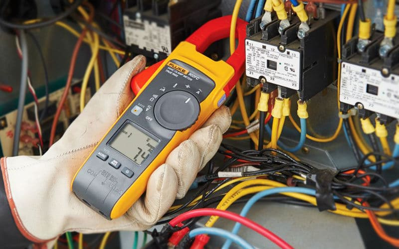 Fluke 902 Review: Great Choice to Measure Current and Voltage Safely