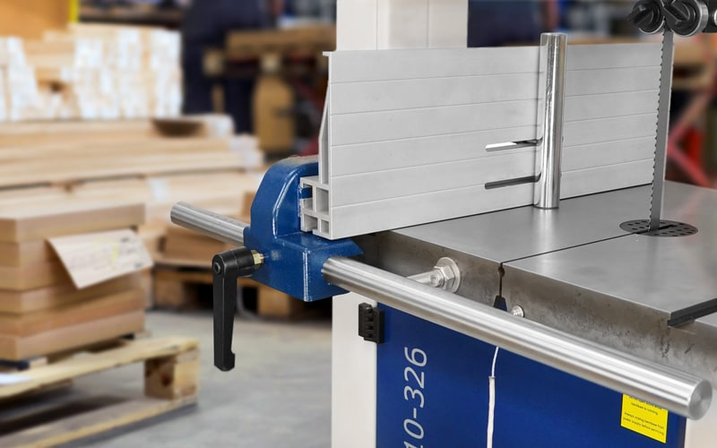 Rikon 10-326 Review – Efficient And Superior Bandsaw For Wood And Metal Works