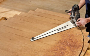 best tool for cutting circles in wood